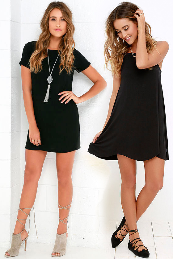 Короткое прямое чёрное платье фото 8