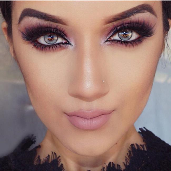 макияж под фиолетовое платье фото 1