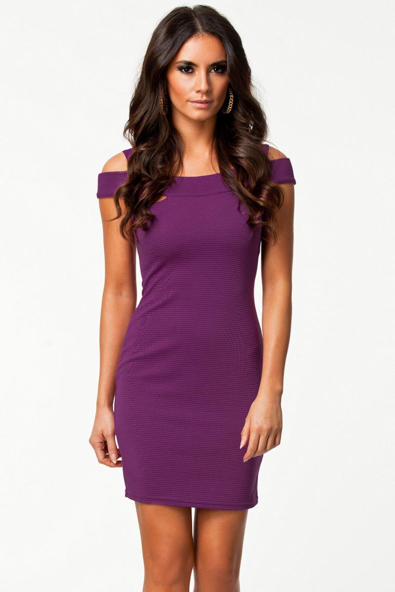 Короткие фиолетовые платья фото 10