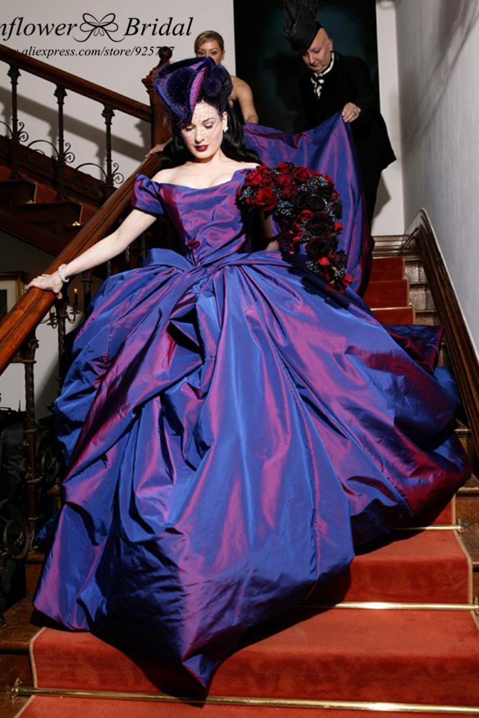 Фиолетовое свадебное платье фото 1