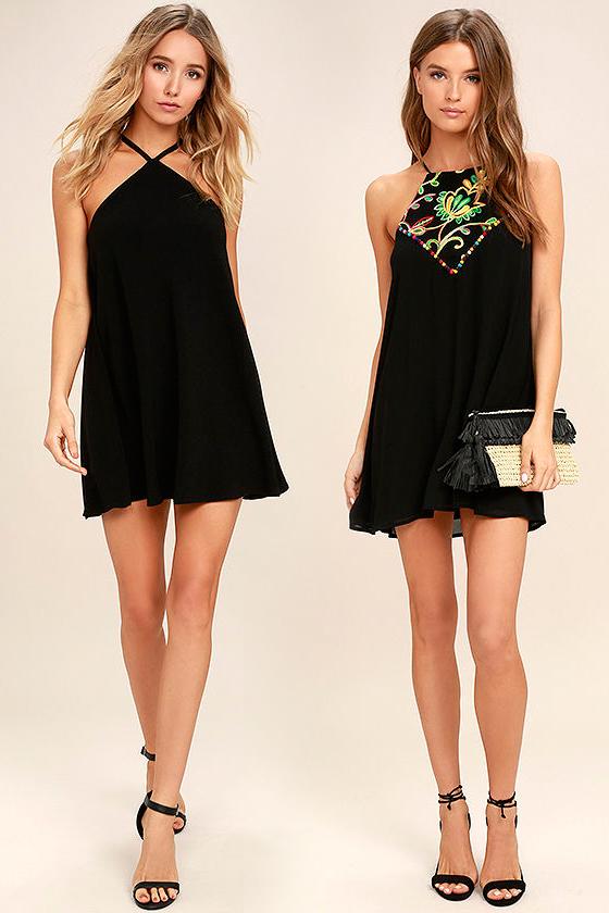 Короткое прямое чёрное платье фото 3