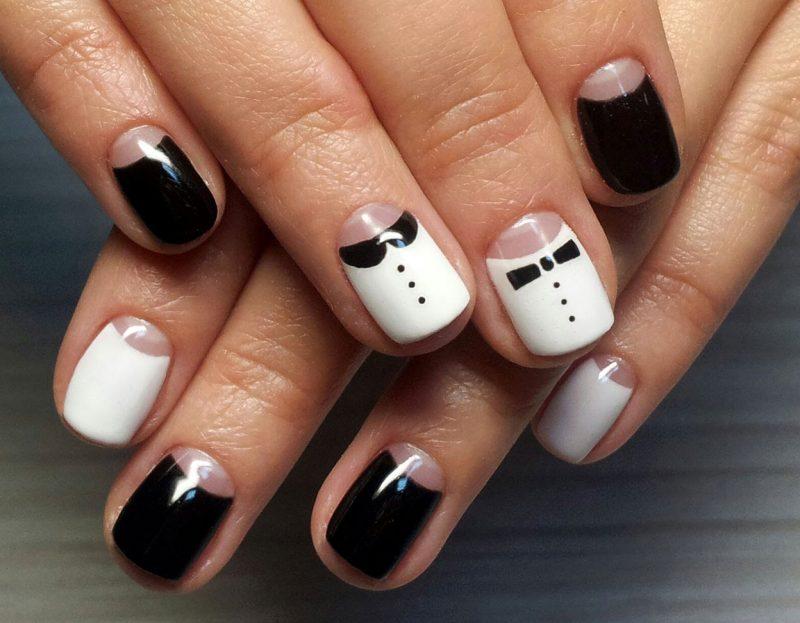 лунный новогодний маникюр на средние ногти