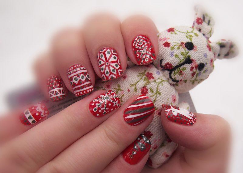 идеи новогоднего маникюра на короткие ногти