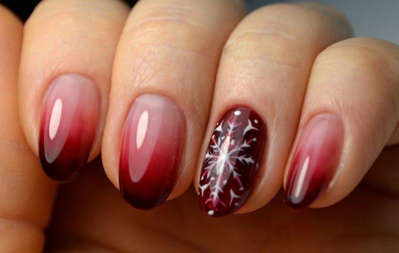 маникюр градиент дизайн ногтей на новый год фото